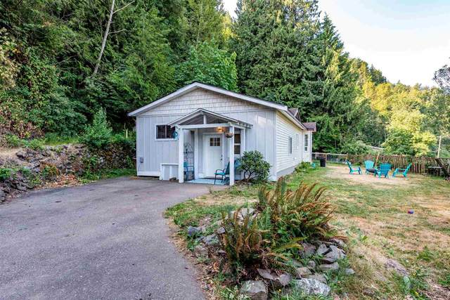 43240 Vedder Mountain Road, Yarrow, BC V2R 4C5 (#R2600557) :: Initia Real Estate