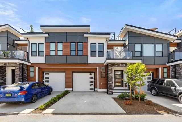 7140 Maitland Avenue #3, Chilliwack, BC V2R 1G6 (#R2600641) :: Initia Real Estate