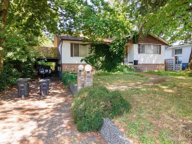 6793 Winch Street, Burnaby, BC V5B 2L7 (#R2601237) :: Initia Real Estate