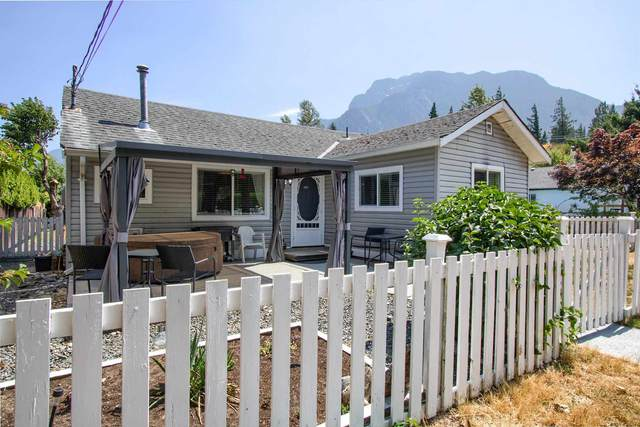 275 Water Avenue, Hope, BC V0X 1L0 (#R2602160) :: 604 Realty Group