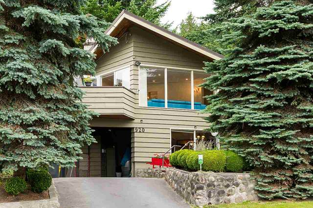 920 Belvedere Drive, North Vancouver, BC V7R 2B9 (#R2602220) :: 604 Realty Group