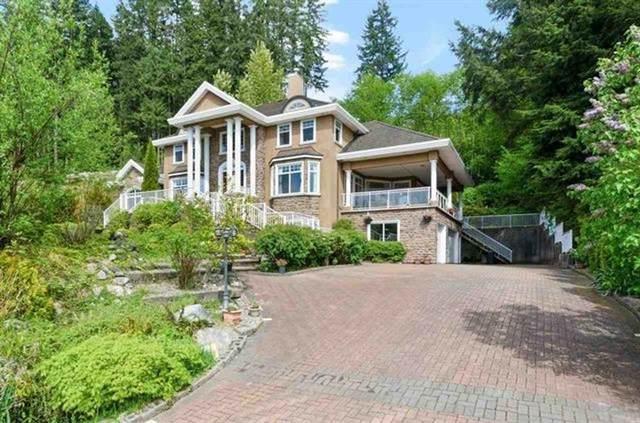 255 Alpine Drive, Anmore, BC V3H 4Z2 (#R2602462) :: Initia Real Estate