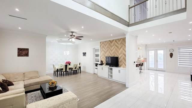 3760 Marine Drive, Burnaby, BC V5J 3E2 (#R2602489) :: Initia Real Estate
