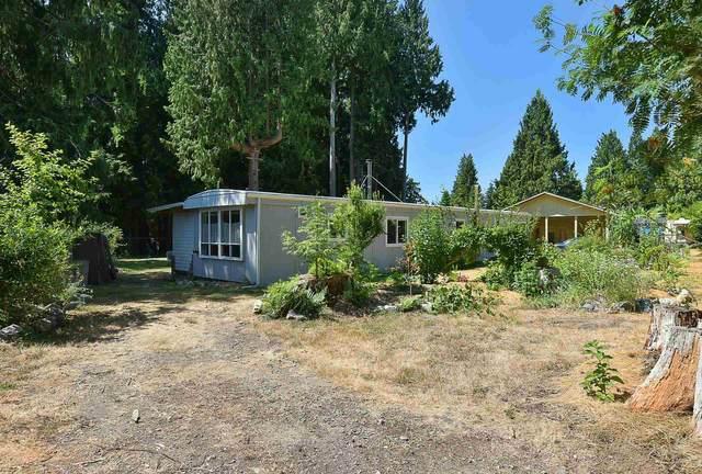 3361 Richards Road, Roberts Creek, BC V0N 2W2 (#R2602511) :: Initia Real Estate