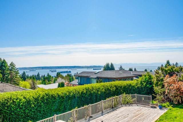 1720 Rosebery Avenue, West Vancouver, BC V7V 2Z4 (#R2602525) :: Initia Real Estate