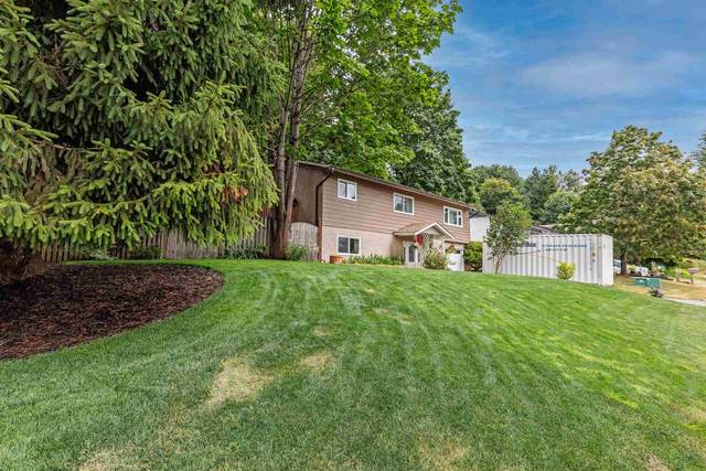 33081 Rose Avenue, Mission, BC V2V 5P2 (#R2603124) :: Initia Real Estate