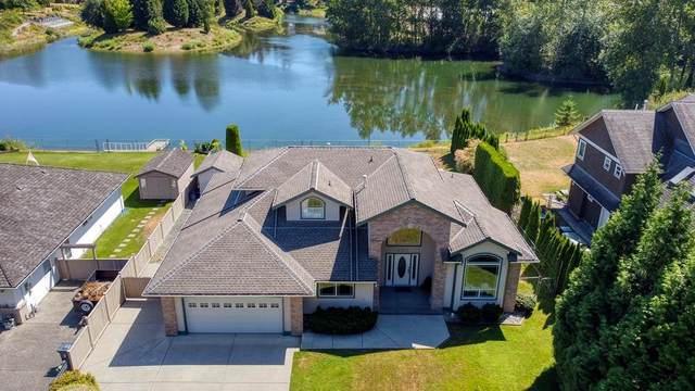 2322 200 Street, Langley, BC V2Z 1W9 (#R2603301) :: Initia Real Estate