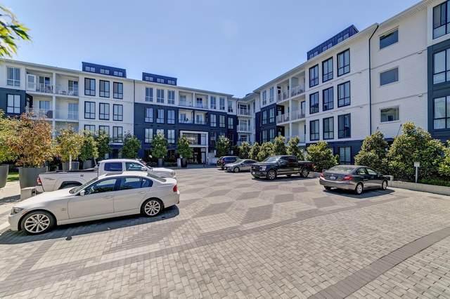 14968 101A Avenue #328, Surrey, BC V3E 0E8 (#R2603317) :: Initia Real Estate