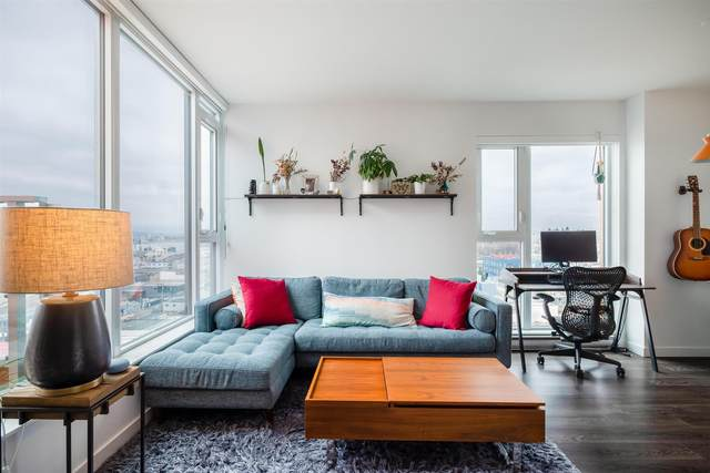 983 E Hastings Street Ph4, Vancouver, BC V6A 0G9 (#R2603443) :: 604 Realty Group