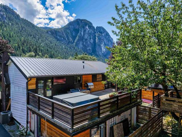 38327 Fir Street, Squamish, BC V8B 0W8 (#R2603553) :: Ben D'Ovidio Personal Real Estate Corporation | Sutton Centre Realty