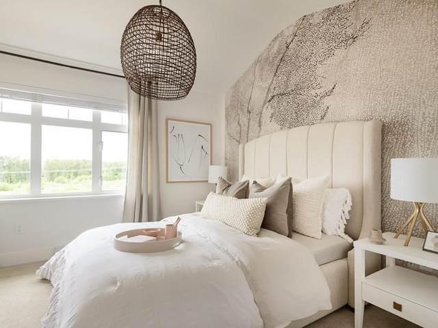 2070 Oak Meadows Drive #68, Surrey, BC V3S 0L8 (#R2603762) :: Initia Real Estate