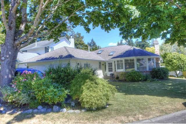 932 164A Street, Surrey, BC V4A 8N1 (#R2604174) :: Premiere Property Marketing Team
