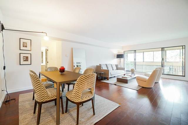 444 W 49TH Avenue #207, Vancouver, BC V5Y 3V4 (#R2604345) :: Initia Real Estate