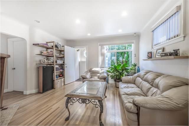 1525 W 65TH Avenue, Vancouver, BC V6P 2P9 (#R2604353) :: Initia Real Estate