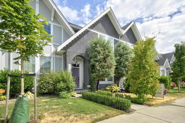 21043 79A Avenue, Langley, BC V2Y 0H6 (#R2604546) :: Initia Real Estate