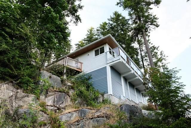 5673 Salmon Drive, Sechelt, BC V7Z 0K1 (#R2604591) :: Premiere Property Marketing Team