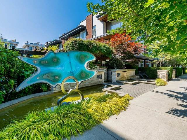 735 W 15TH Street #118, North Vancouver, BC V7M 0B8 (#R2605592) :: Ben D'Ovidio Personal Real Estate Corporation | Sutton Centre Realty