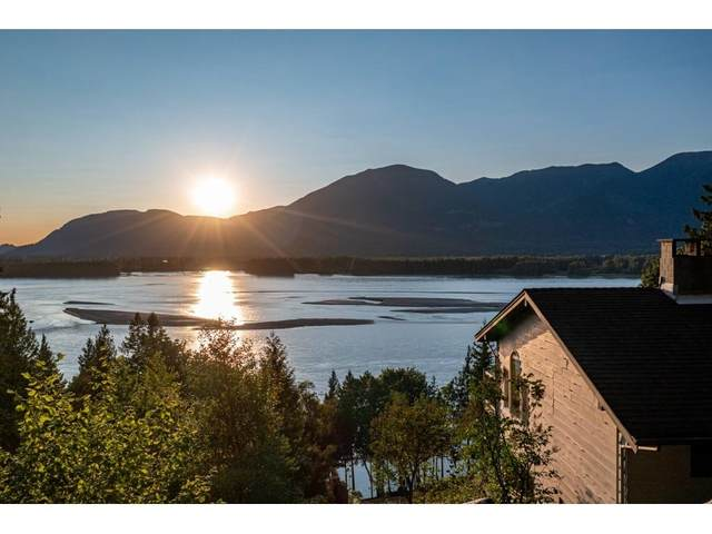 43015 Old Orchard Road, Chilliwack, BC V2R 4A6 (#R2607290) :: Ben D'Ovidio Personal Real Estate Corporation | Sutton Centre Realty