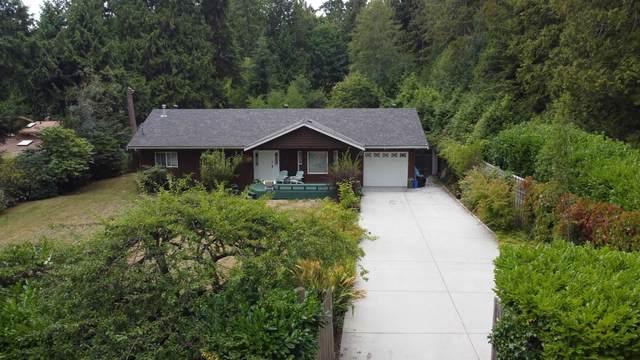 1559 Park Avenue, Roberts Creek, BC V0N 2W2 (#R2613701) :: 604 Home Group