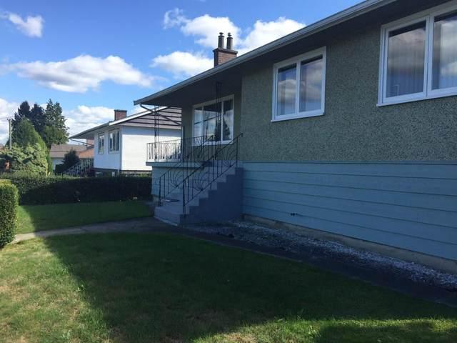 4436 Briarwood Crescent, Burnaby, BC V5G 2M6 (#R2618623) :: 604 Home Group