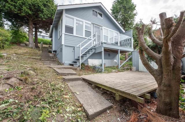 15400 Columbia Avenue, White Rock, BC V4B 1J9 (#R2618805) :: Ben D'Ovidio Personal Real Estate Corporation   Sutton Centre Realty