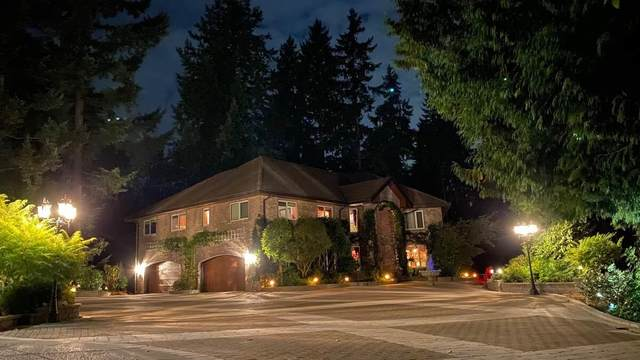 5467 123 Street, Surrey, BC V3X 3A8 (#R2618991) :: Premiere Property Marketing Team