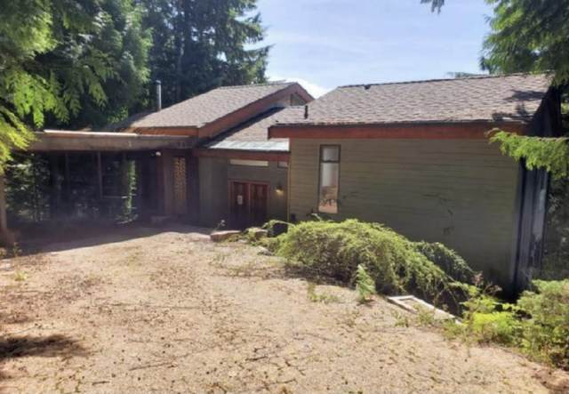 231 Bayview Road, Lions Bay, BC V0N 2E0 (#R2620374) :: 604 Home Group