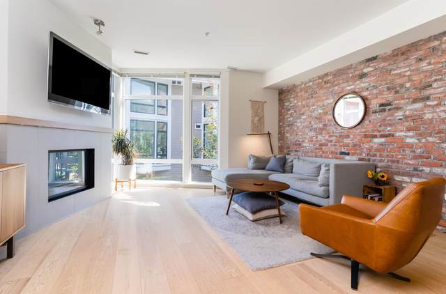 2917 Wall Street, Vancouver, BC V5K 0A6 (#R2620538) :: 604 Home Group
