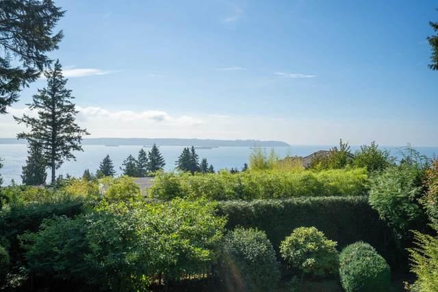 3230 Westmount Road, West Vancouver, BC V7V 3G6 (#R2621023) :: 604 Home Group