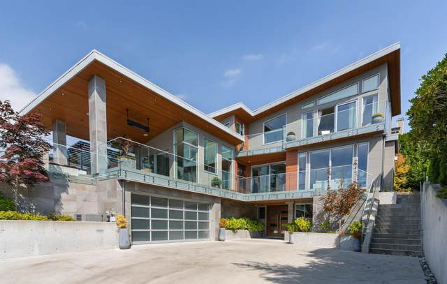 950 Leyland Street, West Vancouver, BC V7T 2L4 (#R2624458) :: 604 Home Group