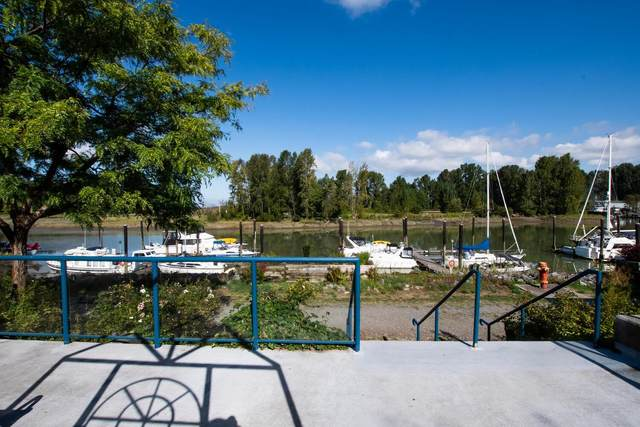 4733 W River Road #108, Delta, BC V4K 1R9 (#R2624756) :: 604 Home Group