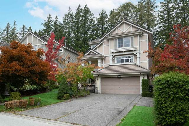 15497 Rosemary Heights Crescent, Surrey, BC V3Z 0K2 (#R2625381) :: 604 Home Group