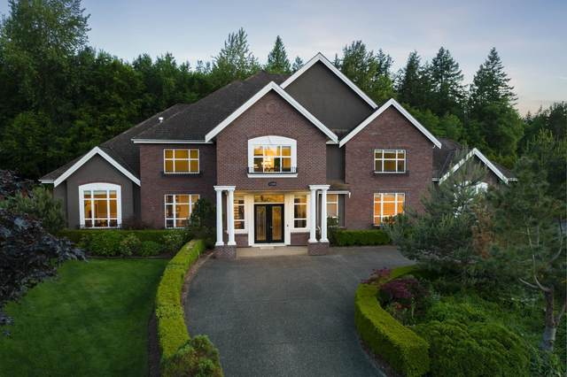 13548 22A Avenue, Surrey, BC V4A 9V2 (#R2625436) :: RE/MAX City Realty