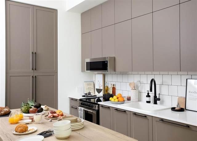 13929 105A Avenue #405, Surrey, BC V3B 2T6 (#R2626142) :: Ben D'Ovidio Personal Real Estate Corporation | Sutton Centre Realty
