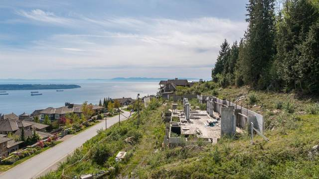 2345 Kadlec Court, West Vancouver, BC V7S 3K3 (#R2626771) :: 604 Home Group