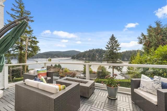 2711 Panorama Drive, North Vancouver, BC V7G 1V7 (#R2627254) :: 604 Home Group