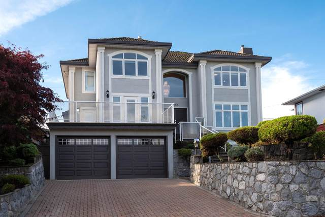 4222 Hazelwood Crescent, Burnaby, BC V5G 2R1 (#R2627328) :: 604 Home Group
