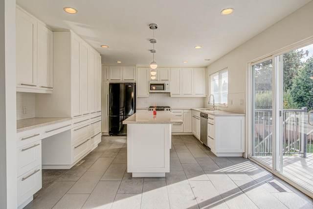 14876 20 Avenue, Surrey, BC V4A 6T8 (#R2627520) :: 604 Home Group