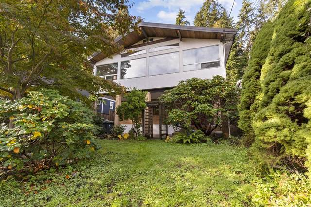 1621 Deep Cove Road, North Vancouver, BC V7G 1S4 (#R2627803) :: 604 Home Group