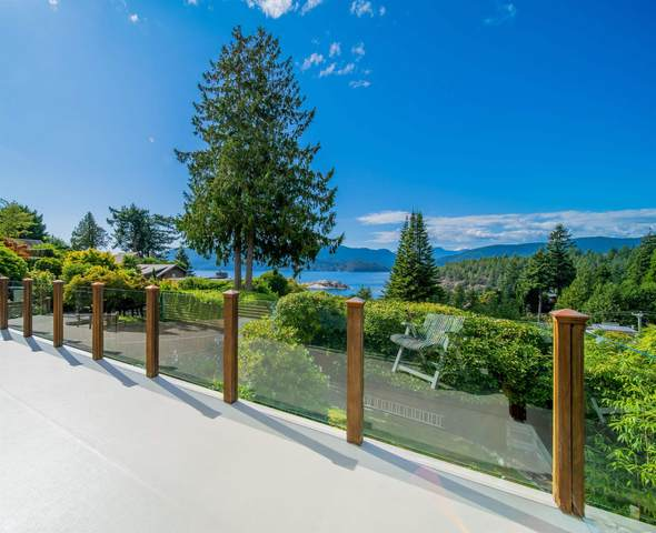6245 Nelson Avenue, West Vancouver, BC V7W 2A2 (#R2627969) :: Initia Real Estate