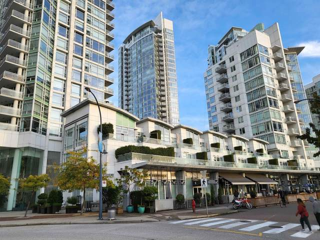 1199 Marinaside Crescent #1701, Vancouver, BC V6Z 2Y2 (#R2628565) :: MC Real Estate Group
