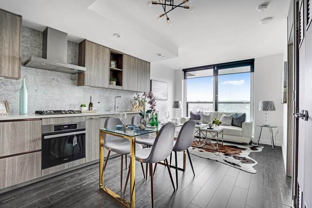1768 Cook Street #1416, Vancouver, BC V5Y 0N3 (#R2628594) :: MC Real Estate Group