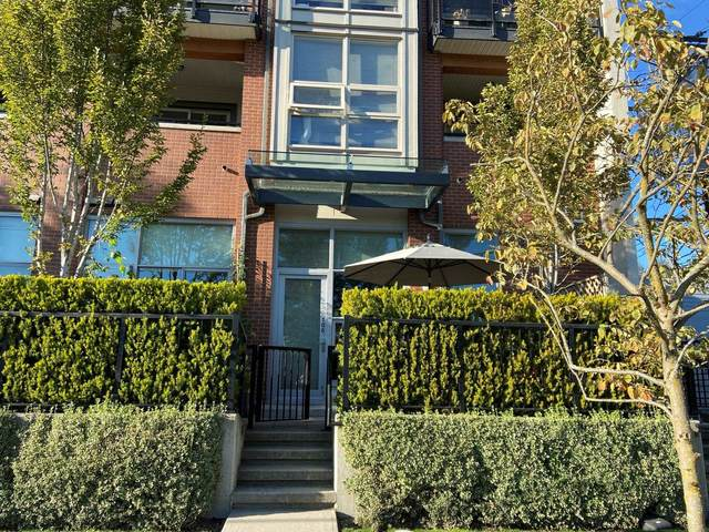 1182 W 16TH Street #106, North Vancouver, BC V7P 0B3 (#R2628719) :: 604 Home Group