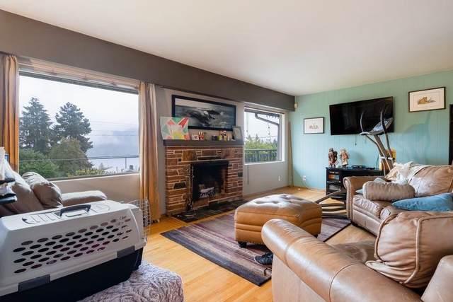 731 N Dollarton Highway, North Vancouver, BC V7G 1N5 (#R2628744) :: 604 Home Group