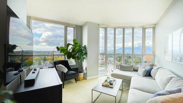 4028 Knight Street #1604, Vancouver, BC V5N 5Y8 (#R2628920) :: 604 Home Group