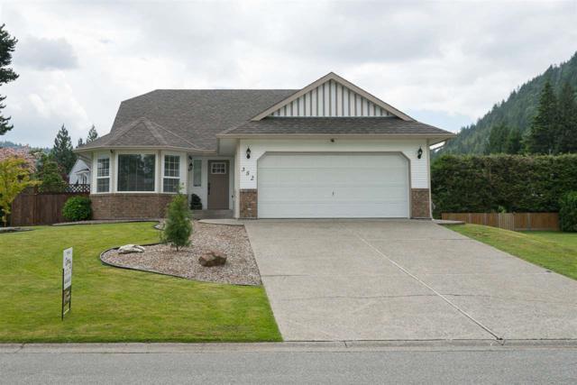 352 Chestnut Avenue, Harrison Hot Springs, BC V0M 1K0 (#R2179690) :: HomeLife Glenayre Realty