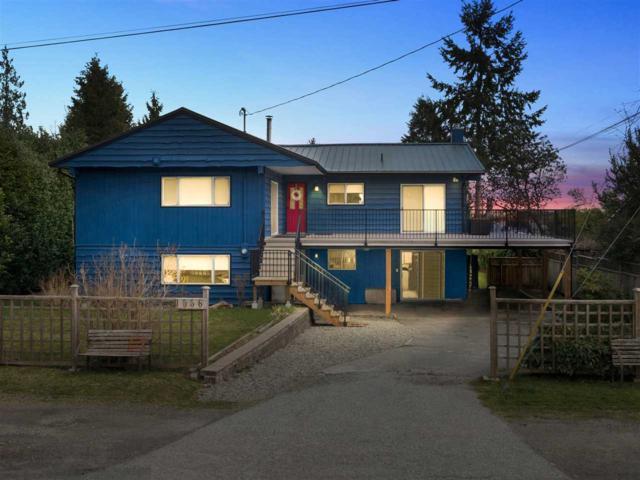 1556 Johnson Road, Gibsons, BC V0N 1V6 (#R2250282) :: Linsey Hulls Real Estate