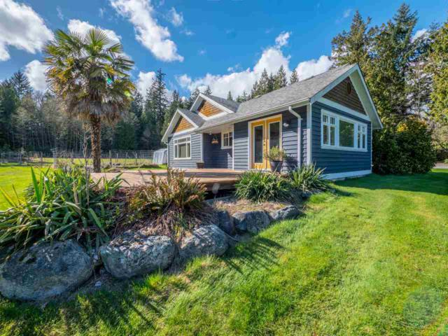 1053 Chamberlin Road, Gibsons, BC V0N 1V1 (#R2258215) :: Linsey Hulls Real Estate