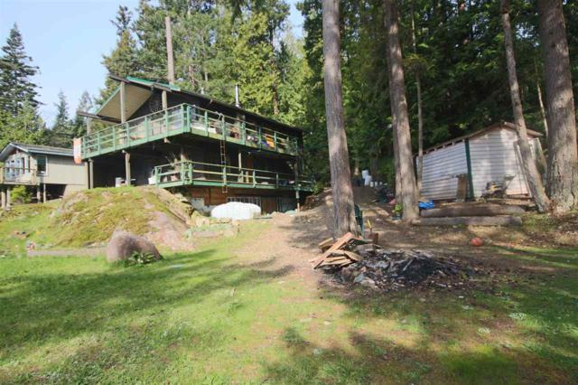 271 Gordon Road, Gibsons, BC V0N 1V0 (#R2258545) :: Linsey Hulls Real Estate