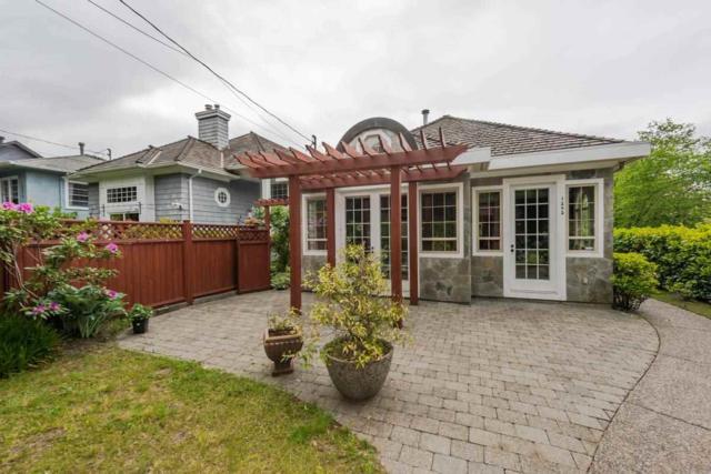 1292 Esquimalt Avenue, West Vancouver, BC V7T 1K3 (#R2269487) :: Vancouver House Finders